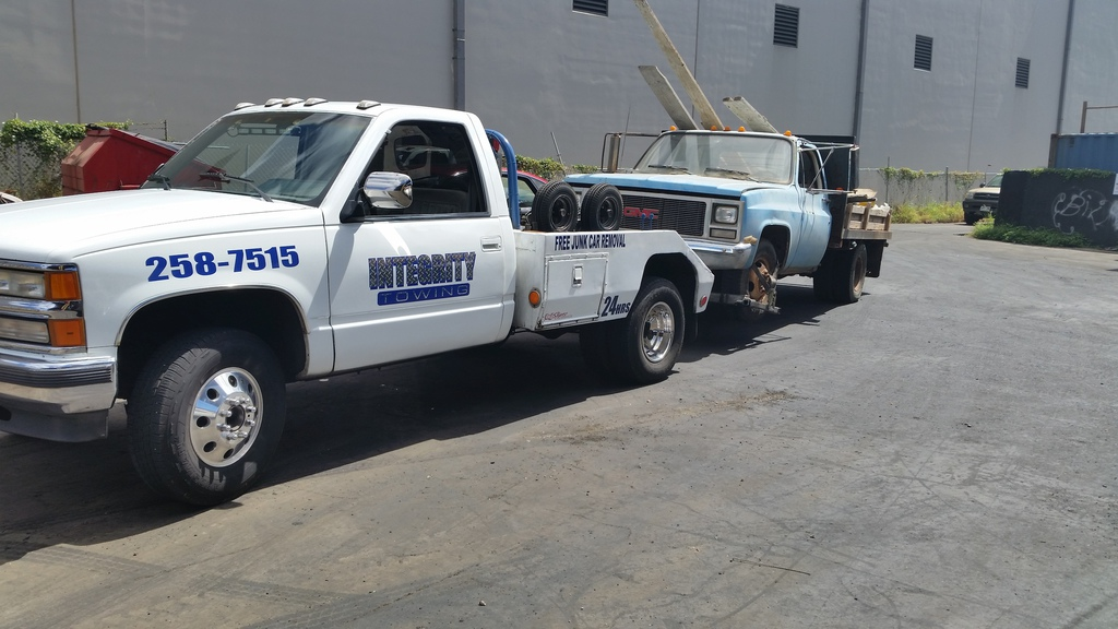 Integrity Towing - We offer Cash for Cars, Junk Car Removal, Tow ...